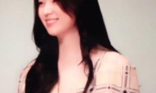 Fan phấn khích trước nhan sắc của 'Mỹ nhân cười đẹp nhất Hàn Quốc'