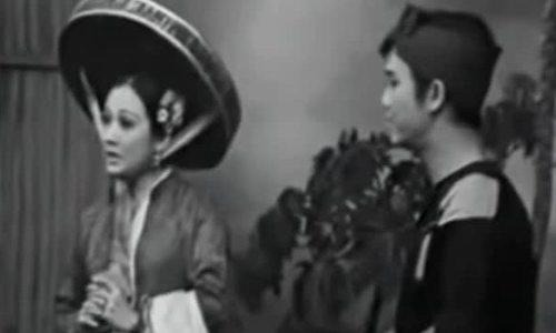 Thanh Nga - Thanh Sang trong vở 'Bên cầu dệt lụa'