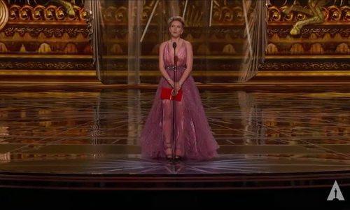 Scarlett Johansson tại Oscar 2017
