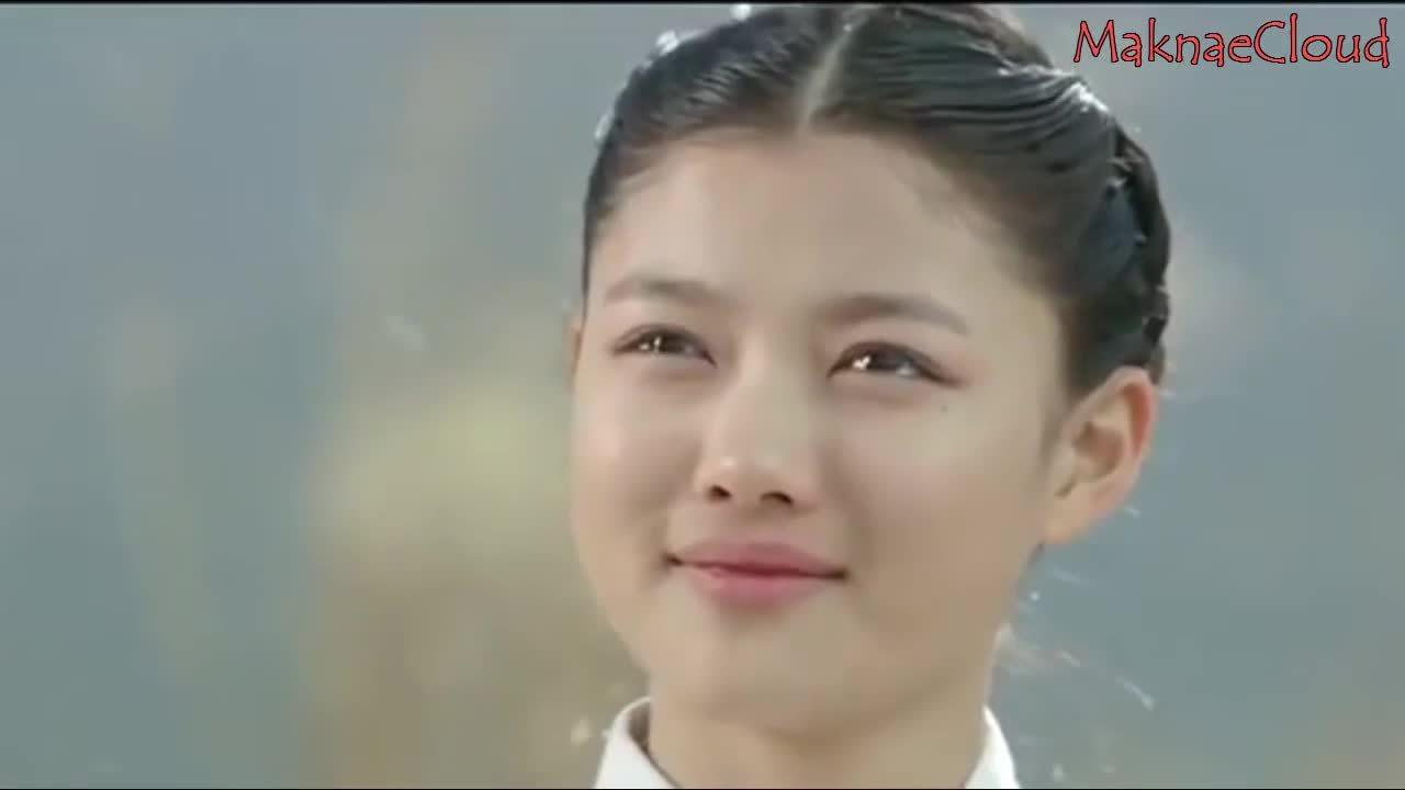Kim Yoo Jung trong phim 'Kẻ khóc thuê'