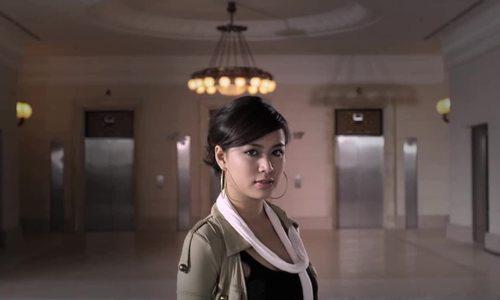 """Hoàng Thùy Linh hát """"Nhịp đập giấc mơ"""""""