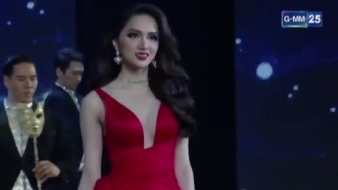 Các màn trình diễn của Hương Giang trong đêm chung kết
