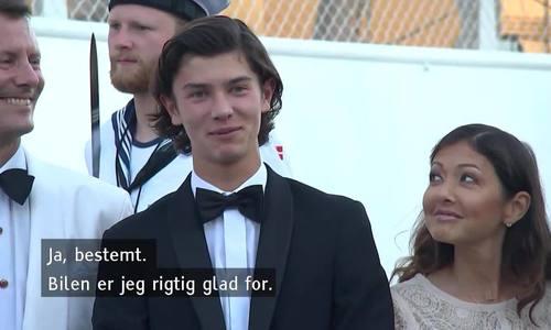 Hoàng tử Nikolai đón sinh nhật tuổi 18 trên du thuyền