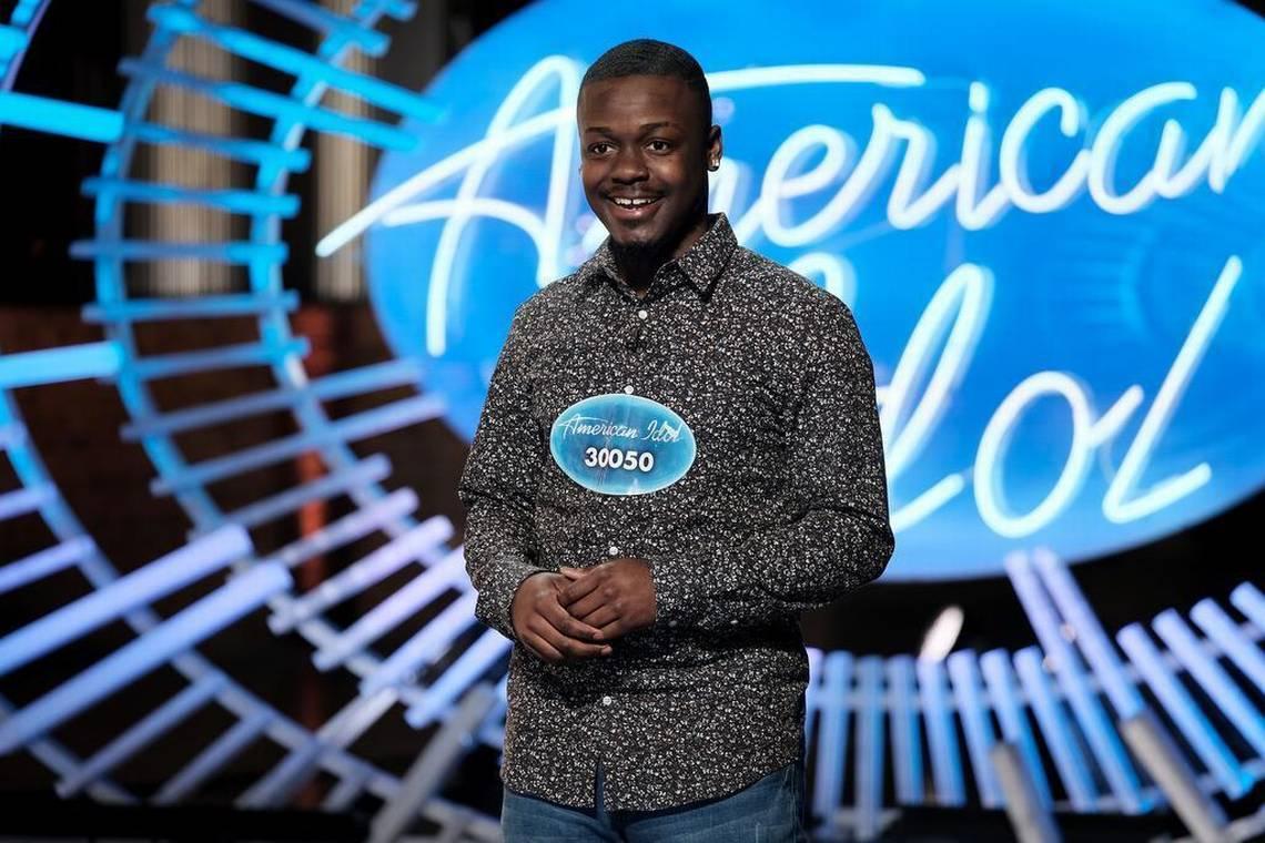 Chàng trai 18 tuổi có mẹ nghiện ngập chinh phục giám khảo American Idol