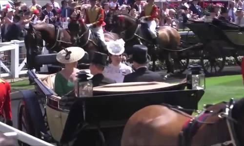 Phong cách của công nương Kate Middleton