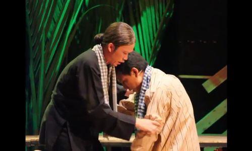 Khán giả khóc, cười cùng Hoài Linh trong kịch Nguyễn Ngọc Tư