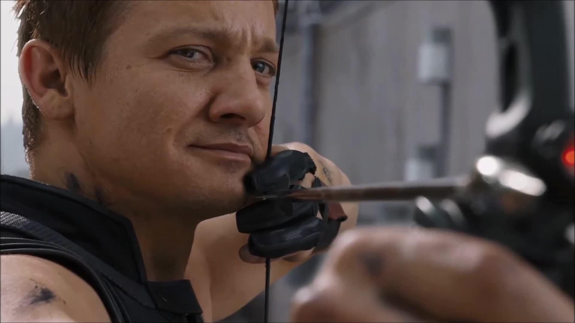 """Cảnh chiến đấu của Hawkeye trong """"The Avengers"""""""