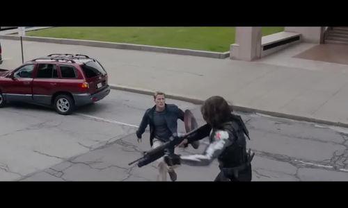 Trận chiến giữa Captain America, Black Widow và Winter Soldier