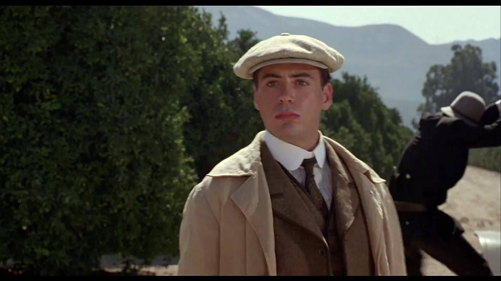 Robert Downey Jr trong Chaplin