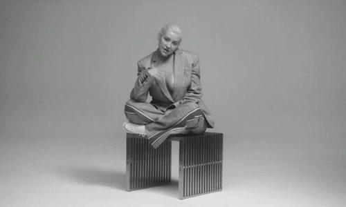 Christina Aguilera phát hành MV mới sau 6 năm vắng bóng