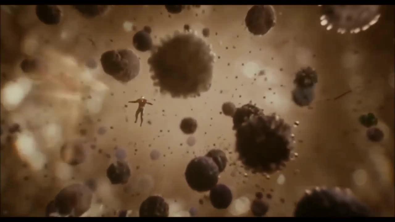 Cảnh Ant-Man tiến vào Lượng tử giới