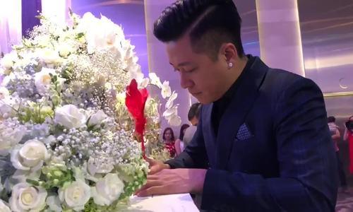 Vợ chồng Tuấn Hưng mừng đám cưới Lâm Vũ và người đẹp Việt kiều