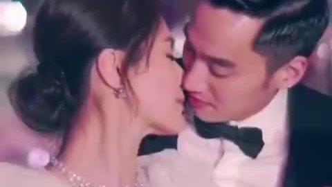 Đám cưới Hân Đồng