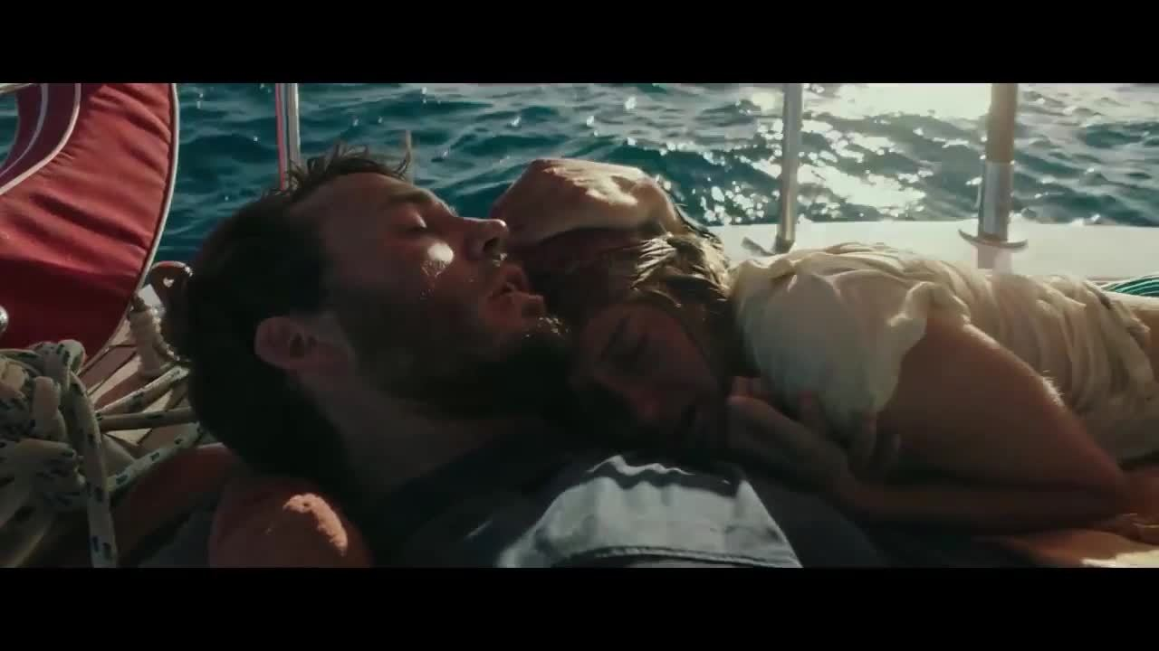 Trailer Adrift (Giành anh từ biển)