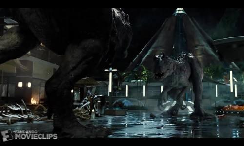 T-rex đại chiến Indominus rex trong Jurassic World