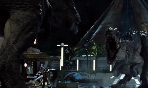 T-rex đại chiến Indominus rex (Jurassic World)