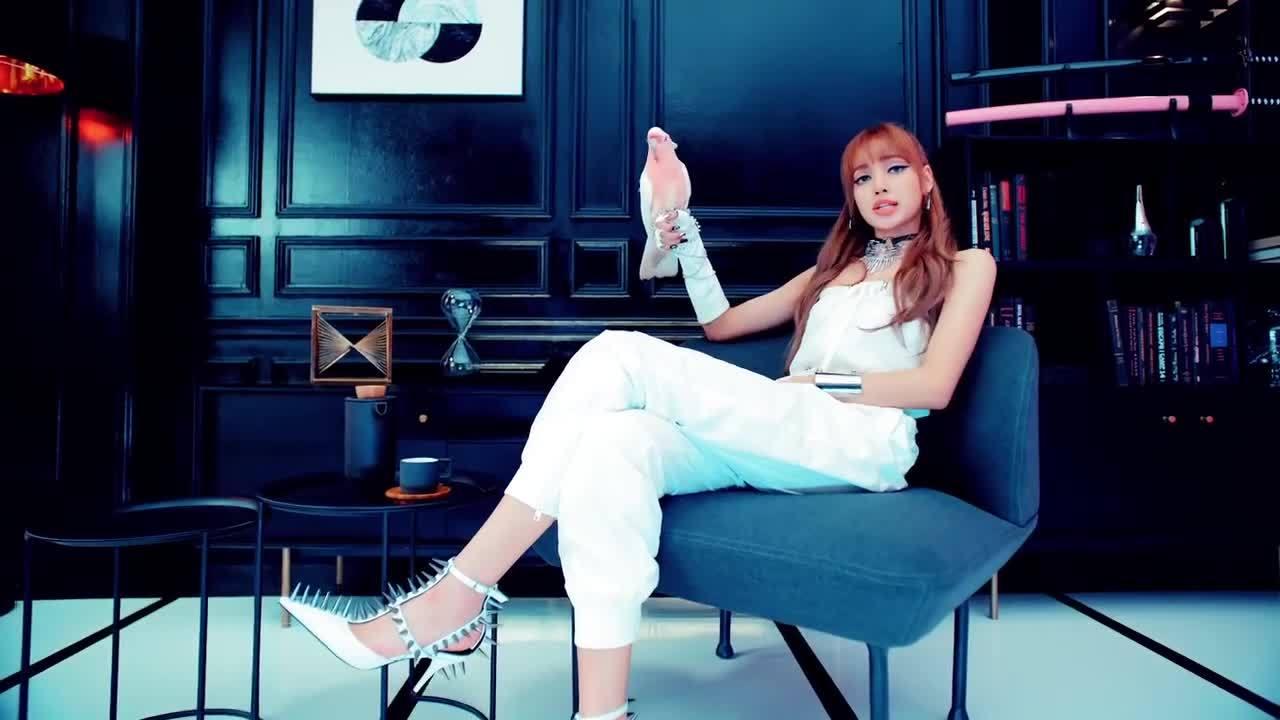 MV của nhóm nữ Hàn Quốc vào bảng xếp hạng Billboard