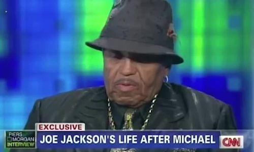 Bố Michael Jackson qua đời