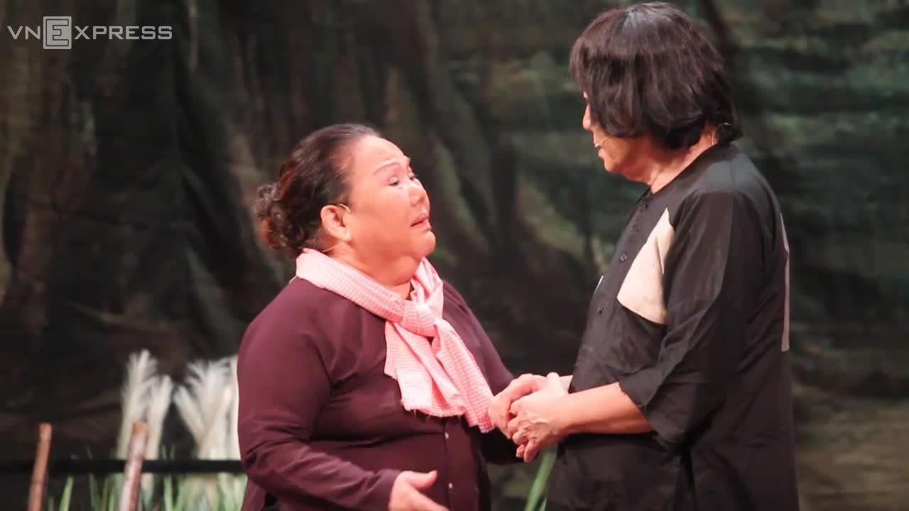 """Minh Vương diễn xuất trong vở """"Đời cô Lựu"""""""