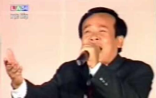 NSƯT Giang Châu diễn vở 'Kép hát làm vua'