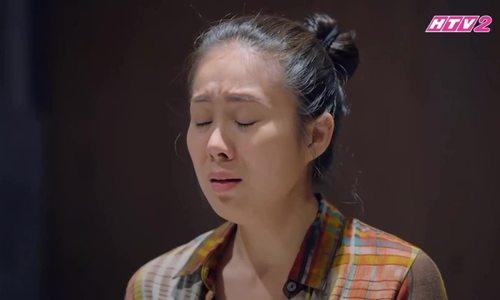 Lê Phương diễn cùng NSND Hồng Vân trong 'Gạo nếp gạo tẻ'