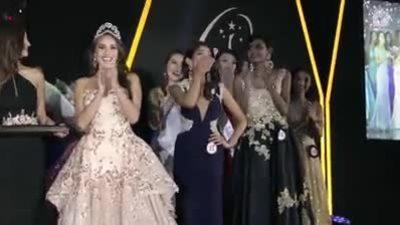Nhan sắc cô gái Pakistan đăng quang Hoa hậu Hoàn vũ Singapore