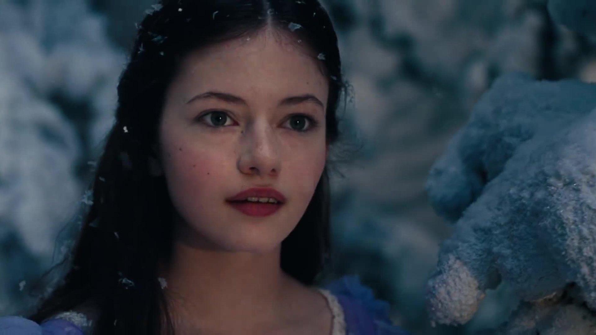 "The Nutcracker and the Four Realms - phim kỳ ảo có ""con gái Bella"" tham gia"