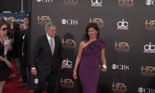 Leslie Moonves và vợ, Julie Chen, trên thảm đỏ