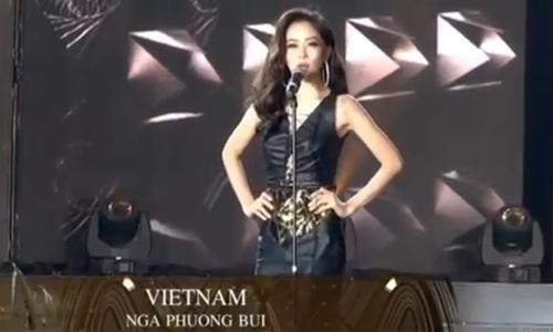 Phương Nga và các người đẹp Miss Grand tự giới thiệu ở đầu chương trình