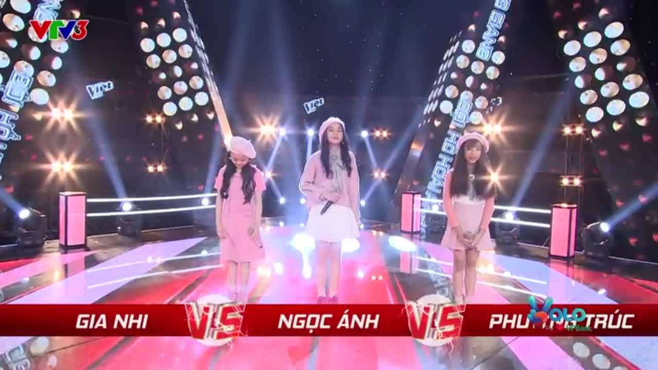 Học trò Hồ Hoài Anh hát tiếng Hàn khiến giám khảo thích thú