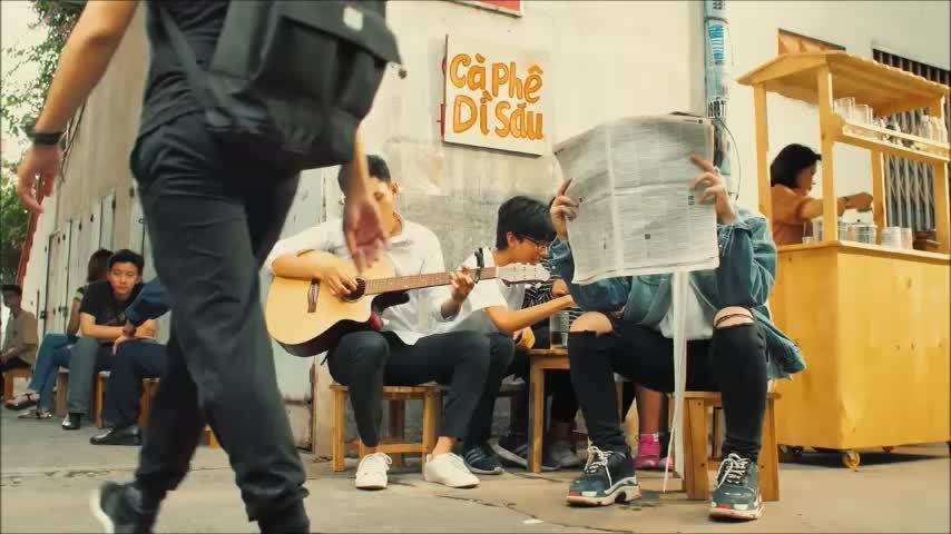 """MV """"Mặt trời vẫn tới mỗi ngày"""""""