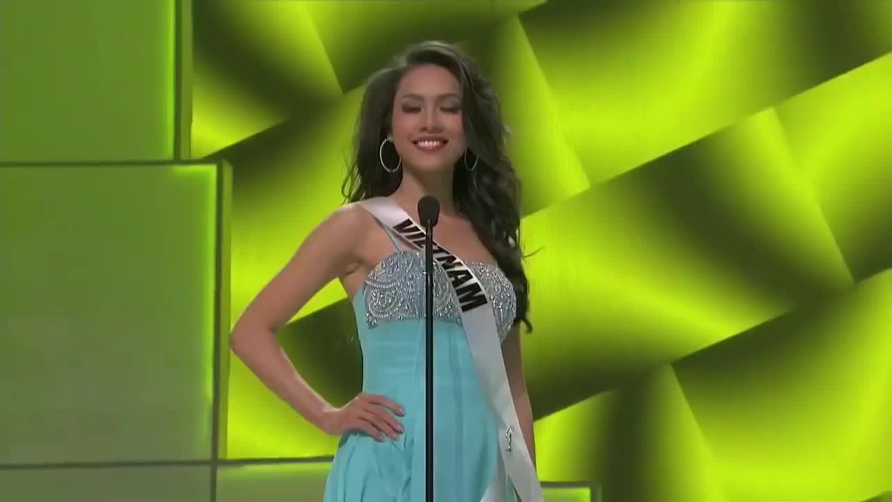 Dấu ấn Hoàng My ở Miss Universe 2011