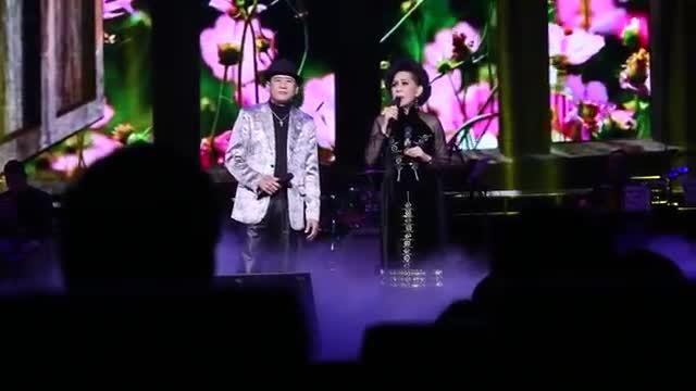 """Tuấn Vũ, Giao Linh hát """"Sầu tím thiệp hồng"""""""