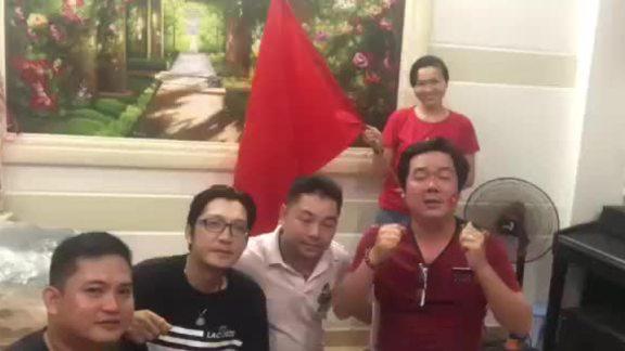 đạo diễn Chánh Trực xúc động khi Việt Nam vô địch