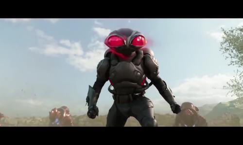 Black Manta đại chiến Aquaman
