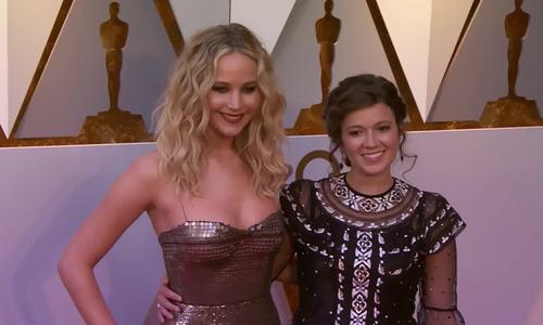 Jennifer Lawrence ở Oscar 2018