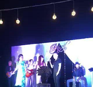 Phương Thanh hát trong đám cưới Tiến Đạt