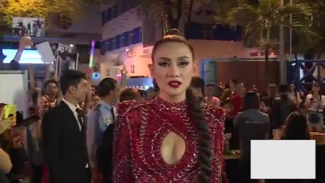 Video thảm đỏ Hoàng Yến