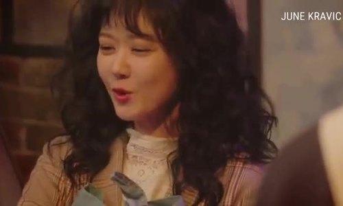 Jang Nara rạng rỡ trên thảm đỏ