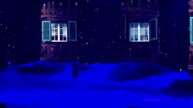 Lệ Quyên hát 'Đêm đông'