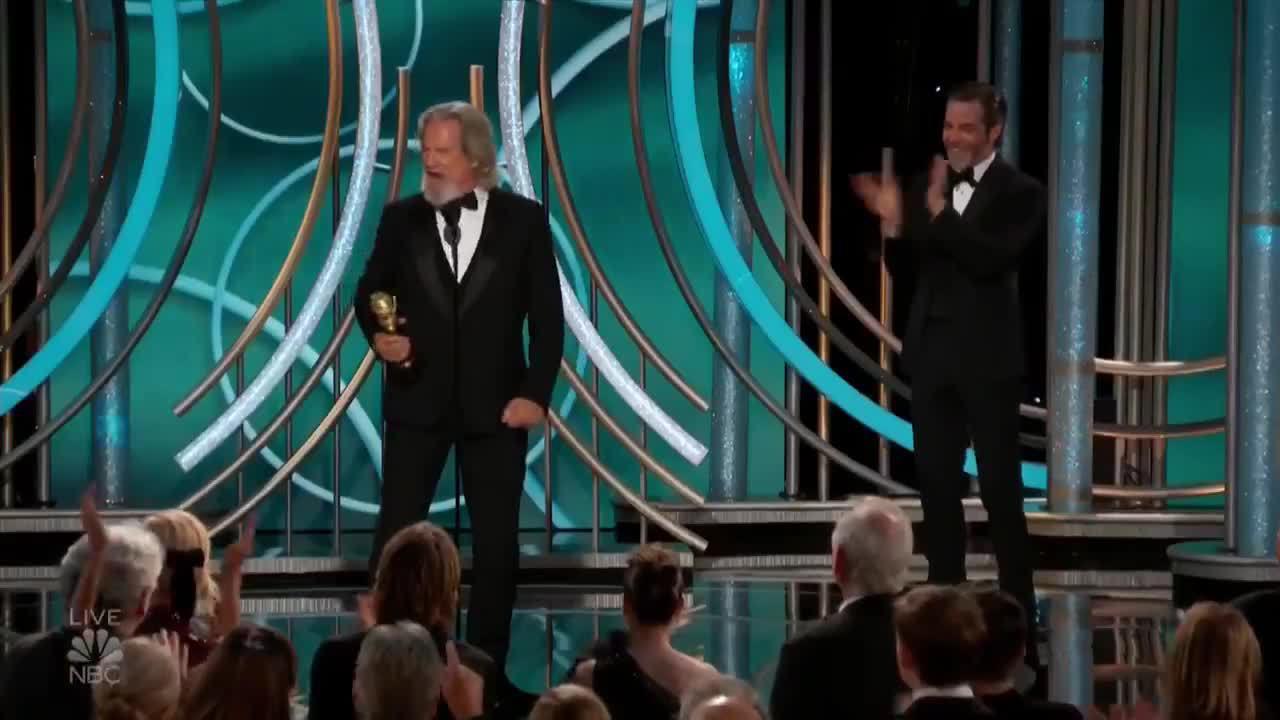 Jeff Bridges khi nhận giải Cecil B. DeMille