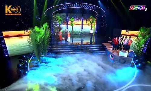 Các gánh hát lô tô cùng tranh tài trên sân khấu chuyên nghiệp