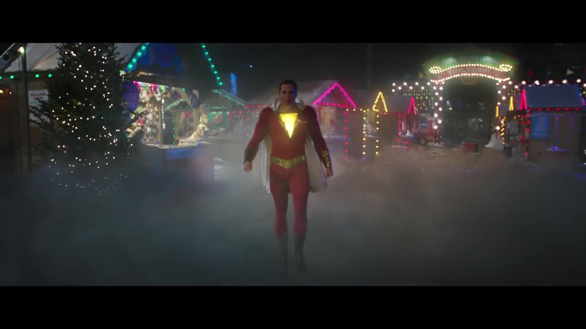 Người hùng DC chiến đấu như Siêu Nhân trong Shazam!