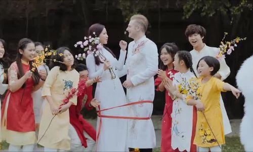 Kyo York, Khánh Loan làm đám cưới đầu xuân trong MV