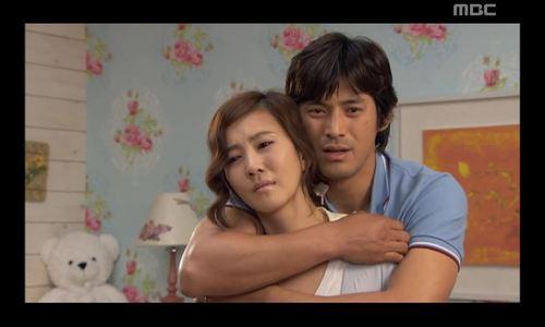 """Kim Nam Joo và Oh Ji Ho trong """"Nữ hoàng nội trợ"""""""