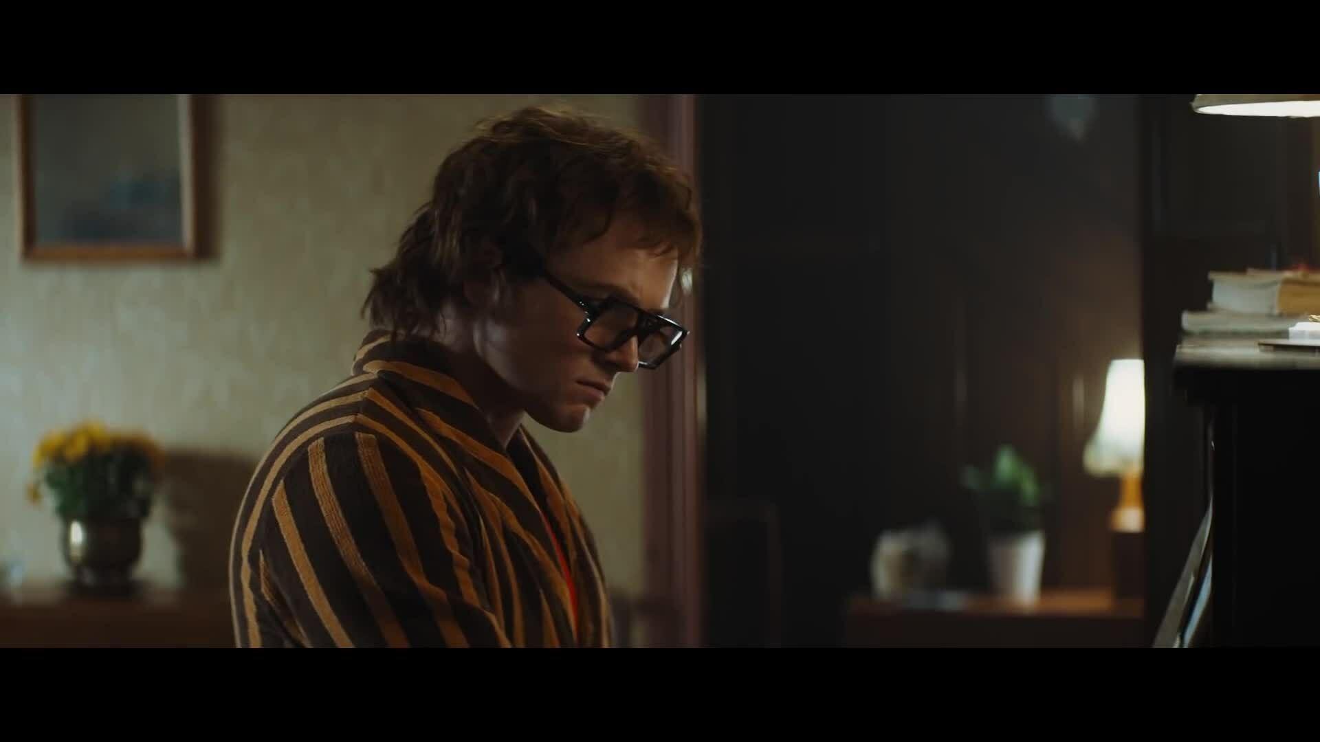 """Đặc vụ Kingsman"" hóa Elton John trong Rocketman"
