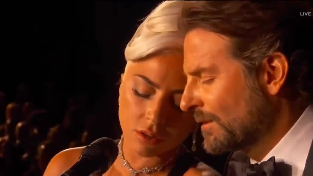 Bradley Cooper và Lady Gaga song ca ở Oscar