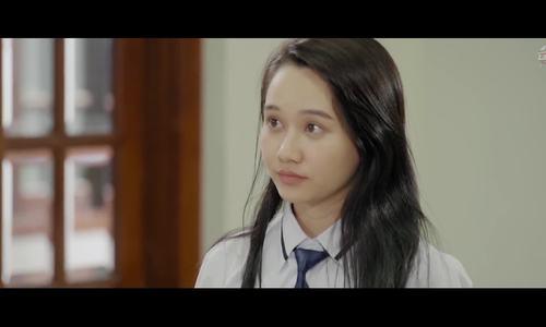 Nguyễn Trúc Anh (Mắt biếc) trong phim Ê! Nhỏ lớp trưởng