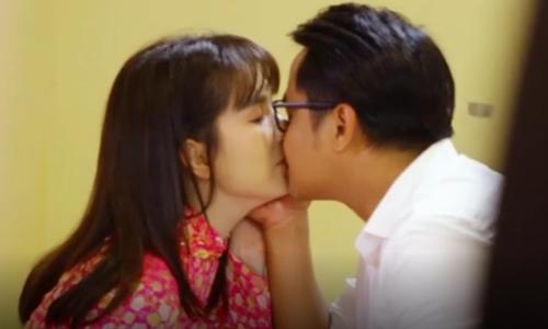 Ngọc Trinh: 'Tim tôi đập nhanh khi hôn bạn diễn'