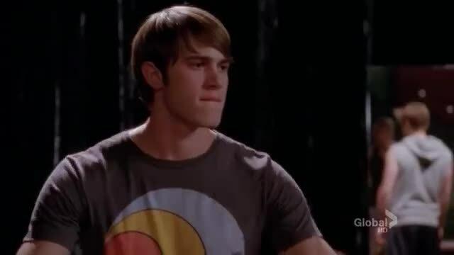 """Các diễn viên Glee nhảy """"Fantastic Baby"""""""